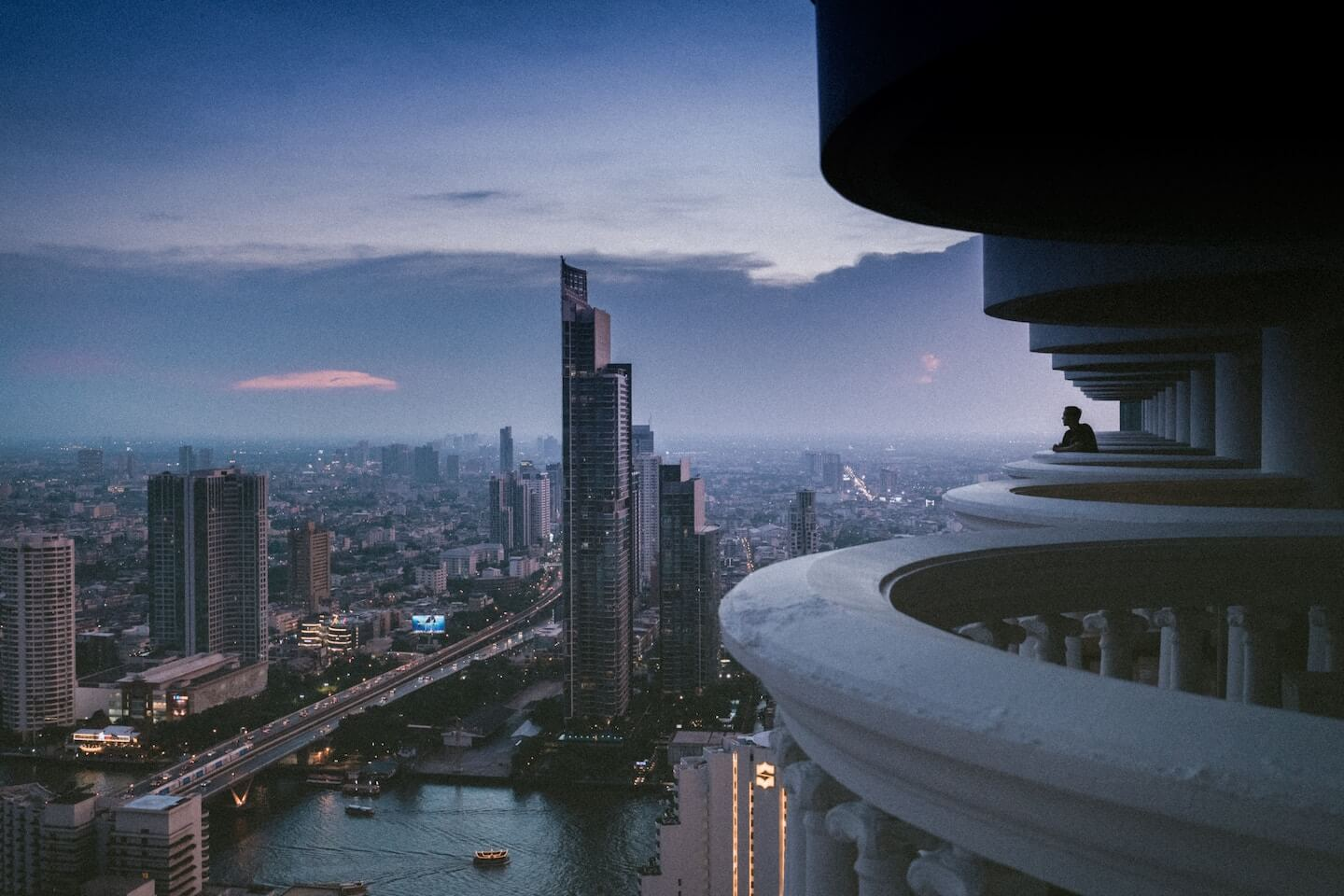 Bangkok Top 5's Dollar Flight Club